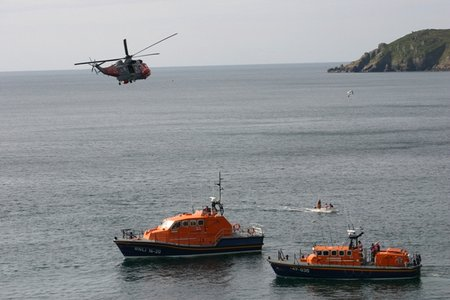 Lizard-RNLB David Robinson, RNLB Rose & rescue helicopter