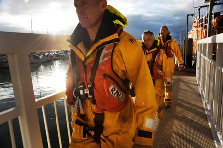 Swanage-lifeboat-crew-SOS-appeal-to-fund-new-lifejackets-18-12-12-2[1]-Large