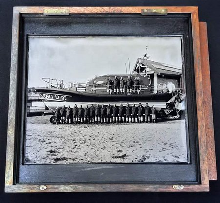 sept-1416-PR140916-1 Exmouth Crew on Ambrotype plate